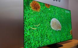 """Siêu phẩm Samsung TV 8K """"tràn viền vô cực"""" hút người xem tại triển lãm ở TPHCM"""