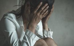 Cô gái trẻ bị 20 người đàn ông cưỡng hiếp tập thể trên phố lớn giữa ban ngày nhưng cảnh sát vẫn thờ ơ khiến dư luận dậy sóng