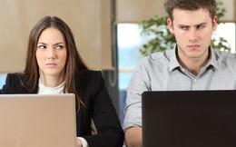 Người thông minh sẽ xử lý ra sao khi phát hiện đồng nghiệp nói xấu sau lưng mình?