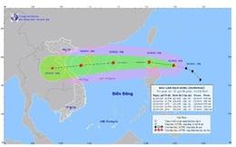 Bão Kompasu giật cấp 11, dự kiến vào Biển Đông trong 24 giờ tới