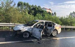 Chủ quan lái xe dù nghe thấy tiếng động lạ từ động cơ, người đàn ông suýt chết vì sự cố đáng sợ này!
