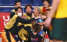"""HLV Nhật Bản """"đe dọa"""" ĐT Việt Nam, thừa nhận rơi lệ ở trận đấu nghẹt thở với Australia"""