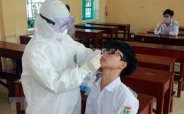 'Ổ dịch' huyện miền núi có 17 học sinh dương tính SARS-CoV-2 sau 1 đêm. Phong tỏa 'khẩn' gần 600 hộ dân vì ca nhiễm Covid-19 cộng đồng