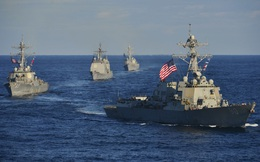 Vì sao tàu Trung Quốc 'đứng im như phỗng' khi chiến hạm Nga-Mỹ giằng co căng thẳng suốt 50 phút trên biển?
