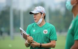 Giận dữ vì học trò vô kỷ luật, bại tướng của thầy Park thẳng tay loại 2 cầu thủ khỏi đội tuyển