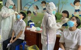 Hà Nội hôm nay thêm hoàng loạt ca là người từ miền Nam về. Bắt trưởng phòng công ty tài chính lây bệnh cho 145 người