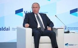 Tổng thống Putin bất ngờ cám ơn lệnh trừng phạt của châu Âu
