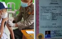 Bố đặt tên con dị tới nỗi làm cả nhà suýt không được tiêm vaccine