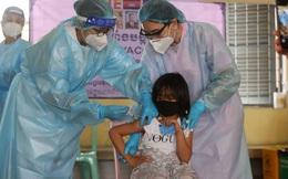 Láng giềng của Việt Nam làm thế giới ngả mũ: Sắp đạt cột mốc 100% đầu tiên về phủ vaccine Covid-19