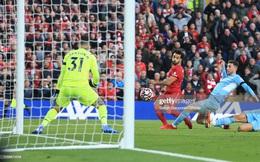 """Klopp vung nắm đấm, Guardiola đập mạnh tay, dàn siêu sao """"lên thần"""" ở Anfield"""