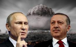 """Điều kỳ lạ trong cuộc họp Nga-Thổ: TT Erdogan xòe tay, ông Putin """"cho túi không"""" mang về!"""