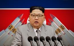 """""""Màn phù phép"""" tài tình của ông Kim Jong Un: Kẻ thù rối như tơ vò, ngả mũ thán phục!"""