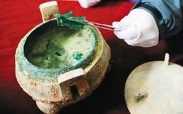 Thấy nồi canh xương trong ngôi mộ cổ, chuyên gia gửi mẫu đến phòng thí nghiệm rồi á khẩu vì kết quả: Người xưa ăn cả thứ này?