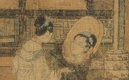 Phóng to bức tranh 1.200 tuổi trong bảo tàng Mỹ, cái đầu người kỳ lạ khiến các chuyên gia giật mình: Bức tranh này không đơn giản đâu!