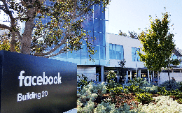Không chỉ cư dân mạng, Facebook sập cũng khiến nhân viên Facebook khốn khổ: Đi làm nhưng không vào được công ty, phải chuyển sang nhắn tin SMS để trao đổi công việc