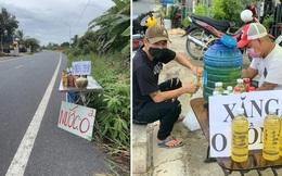 Cảm động 'Xăng 0 đồng': Bạc Liêu 2 chai, Cà Mau 3 chai' cho người đi xe máy về quê
