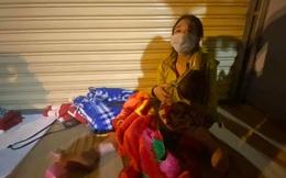 Gia đình 5 người F0 khỏi bệnh chạy xe máy về Thanh Hoá, sản phụ chuyển dạ sinh non giữa đường
