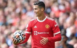 Ronaldo mang hơn nửa tỷ bảng về cho Man.United