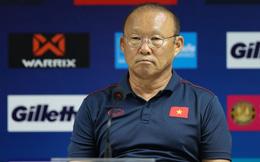 AFC công bố trọng tài trận Việt Nam vs Oman, HLV Park Hang-seo lại lo lắng về VAR
