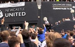 Newcastle, chú rồng ngủ đông đã thức giấc, sẵn sàng đe dọa Man City, PSG?