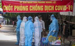 Số ca tử vong vì COVID-19 ở TPHCM giảm kỷ lục trong gần 2 tháng qua. Chuyên gia kiến nghị Hà Nội nên cho ăn uống tại chỗ, học tại trường