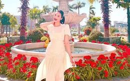4 nhà hào môn Vbiz trang trí đón Tết: Bảo Thy - Hà Tăng sáng nhất khu nhà giàu, sân nhà Lan Khuê khủng như công viên