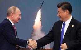"""""""Long tranh hổ đấu"""" khó phân, Nga sẽ gây """"thảm họa"""" khi bán S-400?"""
