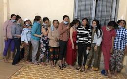 Sòng bạc của quý bà trong căn nhà bỏ hoang ở Tiền Giang
