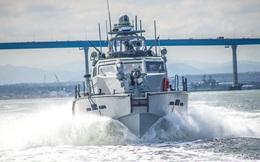 """Mỹ thẳng tay """"vứt bỏ"""" 12 tàu tuần tra còn mới tinh: Vô dụng khi đối đầu với Nga?"""