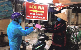 Ảnh: Người dân Chí Linh (Hải Dương) bắt đầu đi chợ bằng tem phiếu theo ngày chẵn - lẻ