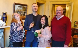 Không thể về Việt Nam đón Tết vì COVID-19, cô gái Hà Nội được gia đình nhà chồng chuẩn bị một sự kiện bất ngờ