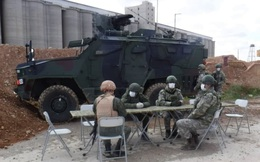 """Đột ngột rút khỏi 2 cứ điểm ở đông bắc Syria, Nga tính """"đổi chác"""" gì với người Thổ?"""