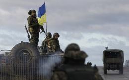"""Kiev tiết lộ dự định dành cho Donbass: Thà duy trì """"hòa bình tạm bợ"""" còn hơn đối đầu quyết liệt với Nga"""