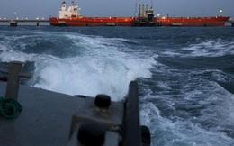"""Iran - Venezuela trao xăng đổi dầu, lên gân thách thức """"kẻ thù chung"""": Mỹ bất lực hay chờ thời?"""