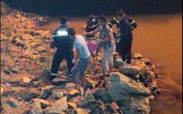 Vụ xe máy, tiền bạc ở trên cầu, nam thanh niên mất tích: Phát hiện thi thể dưới sông