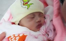 Một trẻ sơ sinh bị bỏ lại ven đường 391