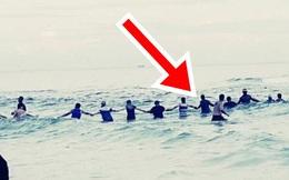 Nghe tiếng kêu cứu, 80 người có mặt tại bãi biển lập tức tạo ra cảnh tượng chưa từng thấy, nhờ đó cứu sống được 9 mạng người