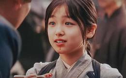 'Thiên thần' có đôi mắt đẹp nhất Nhật Bản trong 'Hồi Ức Của Một Geisha' sau 16 năm