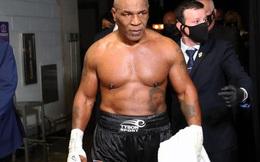 """Mike Tyson trình diễn tốc độ ra đòn đáng nể trong đoạn video tri ân """"người cha thứ 2"""" Cus D'Amato"""