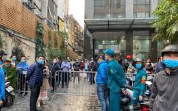 Hà Nội: Phong tỏa chung cư Sky City Tower sau khi nữ nhân viên ngân hàng nhiễm Covid-19