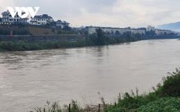 Lũ trái mùa xuất hiện trên sông Hồng đoạn qua Lào Cai