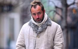 Không nhận ra người đàn ông quyến rũ nhất thế giới: Visual tuột dốc sau bê bối ngoại tình, 49 tuổi mà như 70