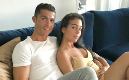 Sau nhiều tin đồn, Georgina xác nhận đang cùng Ronaldo chờ em bé thứ năm