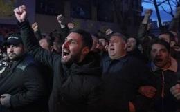 Chưa có lối thoát cho cuộc khủng hoảng ở Armenia