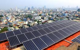 Sẽ 'siết' giá điện mặt trời áp mái tới 30%?