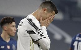 """Ronaldo bị chỉ trích vì """"sợ bóng"""" khiến Juve cay đắng rời Champions League"""