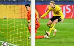 Erling Haaland hai lần sút tung lưới thủ môn trong một pha ghi bàn cho Dortmund