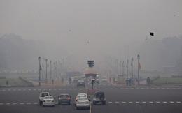 Nhiều khu vực ở Trung Quốc ô nhiễm nặng, ban ngày sương mù dày đặc, không có nắng