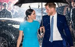 """Bóc mẽ Hoàng gia Anh trên truyền hình, Harry và Meghan trở thành ngôi sao nổi tiếng ở Mỹ nhưng bị dân Anh """"quay lưng"""""""