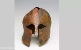 """Mũ cổ 2.500 năm tuổi được khai quật ở Israel hé lộ kỹ thuật chế tác vũ khí quân sự """"đỉnh cao"""" cho tương lai"""